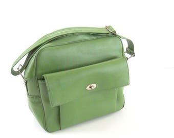Vintage Green Carry On •  1970s Tote Bag • Overnight Bag Avocado Green