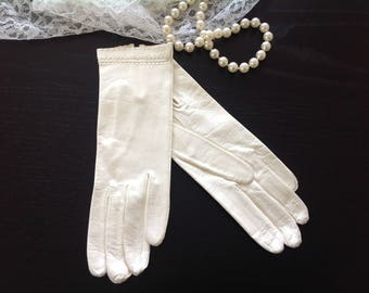 Fine Italian Soft Leather Gloves - Size 6