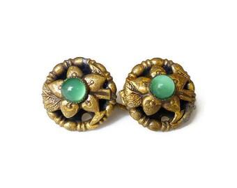 Art Deco Gold Metal Green Glass Earrings - Flower Earrings, Floral Design, Screw Back, Antique Jewelry, Art Deco Jewelry
