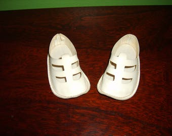Vintage Chatty Cathy Shoes-Nice