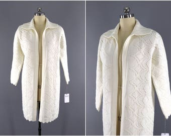 Vintage 1970s Cardigan Sweater / Winter White Knitted Sweater / Vintage Jumper / Vintage Cardi / Cuddle Knits / Sweater Coat