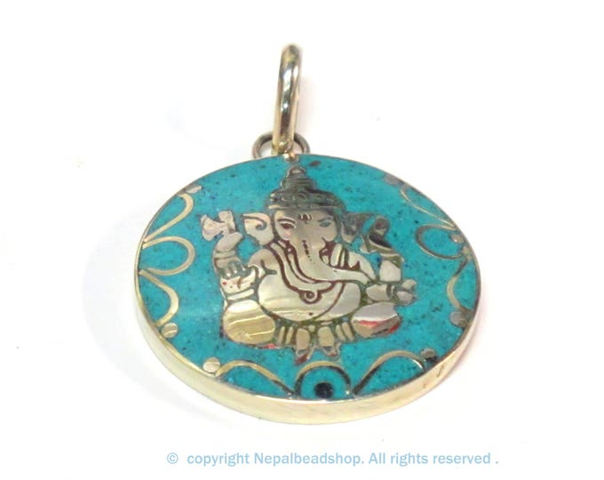 1 pendant - Tibetan silver color round shape Ganesha prayer pendant from Nepal with turquoise inlay - PM608A