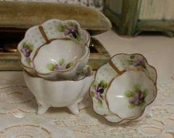 1 Vintage porcelain Hand Painted salt dish violets
