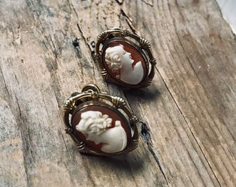 Vintage Cameo Earrings Clip Ons Gold Filled Gifts For Her Gifts Under 50 Bridal Weddings Vintage Style