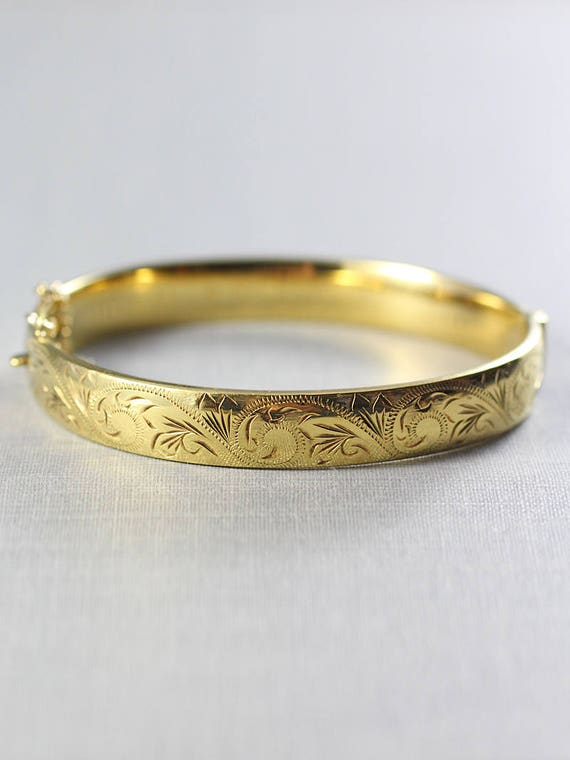 Vintage 9ct Gold Bangle, Swirl Engraved Bracelet with Clasp and Safety Chain - Lovely in Gold
