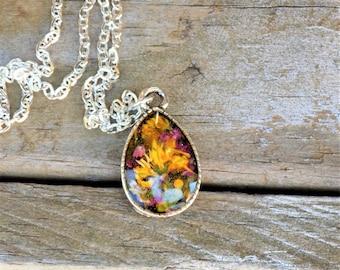 Flower Resin Charm Necklace, teardrop pendant, women accessories, boho jewelry, bohemian, real flower jewelry, silver necklace, floral