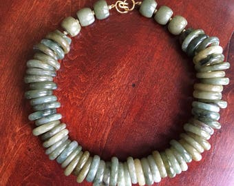 Jade Rings Necklace – Carved Green Gemstone Choker – Asian Multi Jadeite 1980s