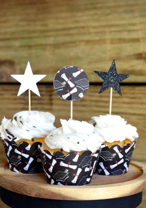 Graduation Cupcake Wrappers, black graduation hat and diploma