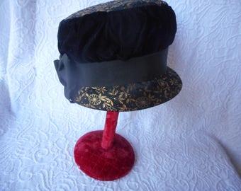 Vintage Cloche Hat-Black Velvet w/Black/Gold Brocade-One Size-Vintage 1960's-Dressy Elegant