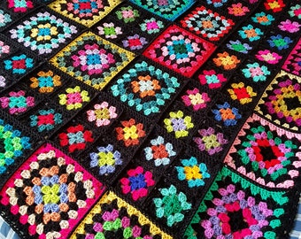 In STOCK Sublime Large Crochet Black GRANNY SQUARES Dolly Blanket Afghan Throw