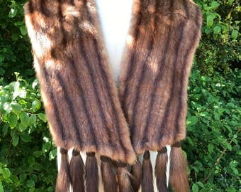 1950s 1960s Fur Wrap with tails.
