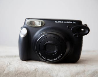 Fuijifilm Instax Wide 210 Instant Camera Fuji Polaroid