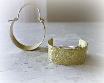 Flower Brass Hoops, Hoop Earrings, Boho Jewelry, Brass Earrings, Brass Hoop Earrings, Natural Brass Earrings, Modern Hoops, Flower Earrings