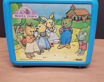 Vintage Mapletown Lunchbox and Thermos
