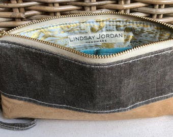 Dark GRAY, LINEN & natural/tan colored sheepskin LEATHER  wristlet pouch: icy blue teal pockets | gold and light blue fish lining