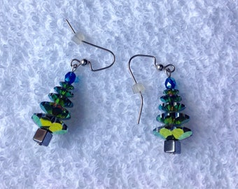 Beautiful new Christmas Tree Earrings Aurora Borealis Crystal Drop Dangle Earrings