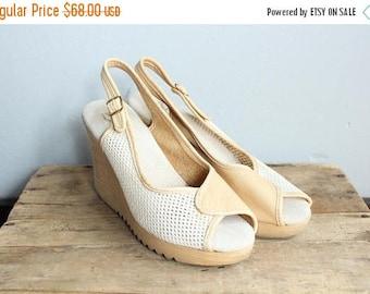 25% Off Sale // 1970s Platform Wedges // Sbicca Soft Platform Wedge Sandals // vintage 70s platform sandals // 8M