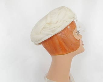 White 1960s hat, vintage 60s hat with veil, vintage wedding, bride