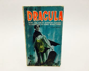 Vintage Horror Book Dracula Russ Jones 1966 Paperback Comic Books Graphic Novel