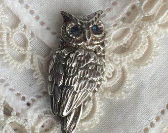 Beautiful Vintage Art Deco Pewter Owl Brooch