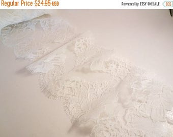 ON SALE Silk White Rose Pattern French Chantilly Lace Trim--One  Yard
