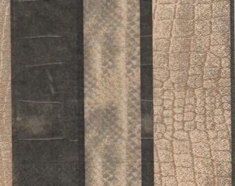3185 - Napkin whole snake skin
