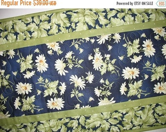 Sale Christmas in July Floral Table Runner, Daisy, Summer, fabric from Maywood, handmade,quilted table runner