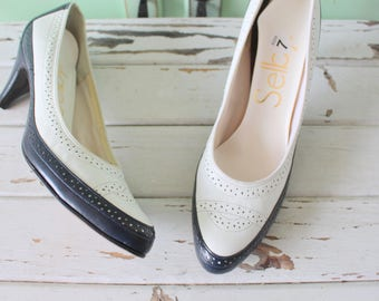 1960s NAVY and WHITE Two Toned Classic Pumps..size 7 womens..connie heels. nautical. mod. mad men. shoes. retro. mod. designer vintage
