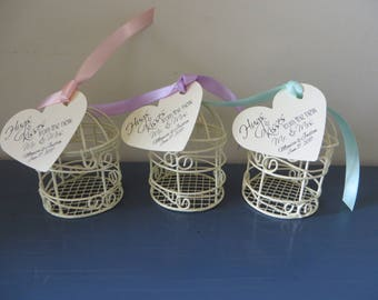 Bird cage wedding favors - bridal shower, wedding favors, party decorations - Kisses from the Mr. and Mrs. tag