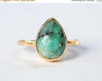 40 OFF - Raw Emerald Ring - May Birthstone Ring - Gemstone Ring - Stacking Ring - Sterling Silver Ring - Round Ring