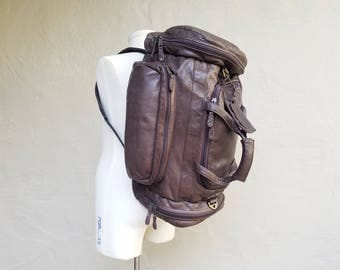Vintage Canyon Outback Brown Leather Backpack Duffel Bag 2 in 1 Travel Bag Tote Bag Carry On Overnight Bag Suitcase Hipster Style Hiking Bag