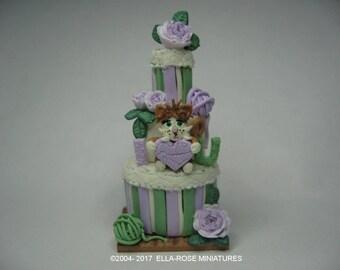 12th scale miniature Cute Kitty Cake