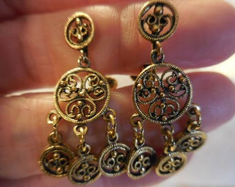 Vintage 1960s to 1970s Gold Tone Clip on Earrings Non Pierced Dangles Cutouts Ornate Lightweight Retro Circles/Round