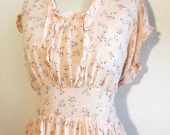 Vintage 30s 40s Pink Floral Nightgown