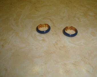 vintage clip on earrings goldtone blue enamel hoops