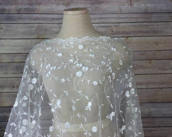 Ivory Bridal Netting Lace Fabric with  Flowers Petals and Scalloped Edges - Bridal Wear-Veil-Holy Communion Dress-Christening Dress-Shrug