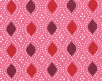 Moda Fabric, Domestic Bliss by Liz Scott for Moda Fabrics, 18077-13 Geometric Beaded Pink