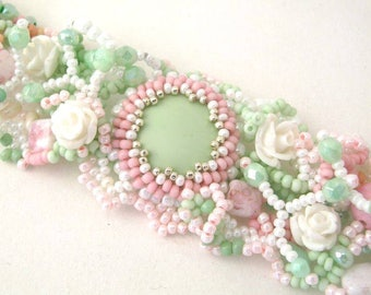 Beaded cuff bracelet, Pastel bracelet, Bead jewelry, Gift for women, Mint and pink Handcrafted jewelry Birthday gift