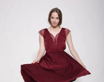 Maroon dress knee length,bridesmaid lace dress\ bridesmaid dress\ lace cleavage and sleeves ,bell shape skirt
