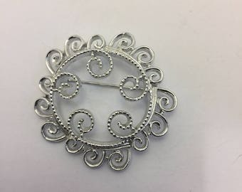 Sarah Coventry Silvery Mist Brooch Vintage Lot 883