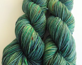 Hand dyed merino extrafine yarn fingering hand painted: Green Isle