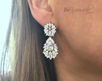 White Crystal Bridal Earrings Cubic Zirconia Chandelier Teardrop Bride Earrings Vintage Wedding Jewelry Bridesmaid Gift Cluster CZ Earrings