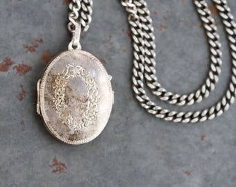 Oval Photo Locket Sterling Silver Necklace - Flower Garland - Antique Art Nouveau Jewelry