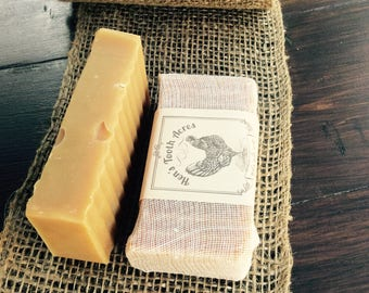 GREAT OUTDOORS bug repellent Goat's Milk Soap Superfatted with Neem Oil