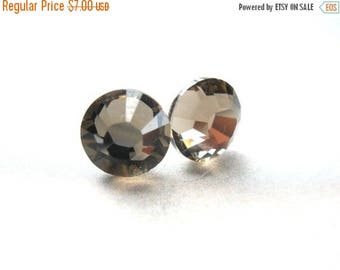 SALE Stud Earrings, Post Studs, Swarovski Crystal, Gray Earrings, Brown Earrings Beige Bronze, Greige Color, Bridesmaid Gifts