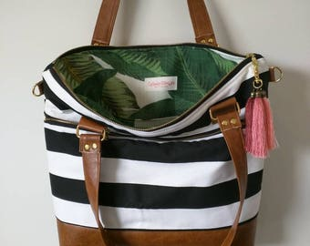 READY TO SHIP! Black and White striped tote with banana leaf interior