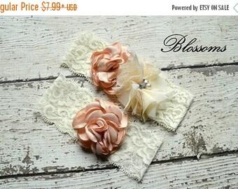 SALE CHAMPAGNE IVORY Bridal Garter Set - Keepsake & Toss Lace Wedding Garters - Chiffon Flower Pearl Garters - Beige Garter - Bridal Garder