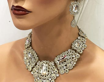wedding jewelry set, Bridal jewelry necklace earrings, crystal bridal necklace statement, Gold wedding backdrop bib necklace earrings