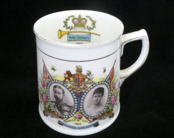 Antique 1911 Coronation Mug, King George V & Queen Mary Royal Souvenir of Macclesfield Derbyshire, Paragon China Stoke-on-Trent