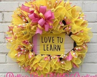Back To School Wreath, School Wreath, Teacher Wreath, Love To Learn Wreath, jute Mesh Wreath, Ruffle Wreath